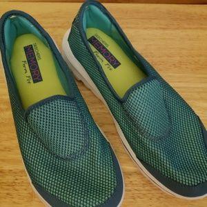 Skechers Resalyte Go Walk Tennis Shoes